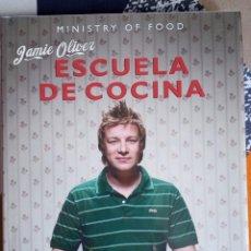 Libros: LA ESCUELA DE COCINA JAMIE OLIVER MINISTRY OF FOOD APRENDE A COCINAR EN 24 HORAS. RBA NUEVO. Lote 288491458