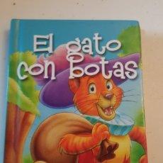 Livres: MINILIBRO CUENTO EL GATO CON BOTAS MINIESCOGIDOS SERVILIBRO EDICIONES. Lote 227077090