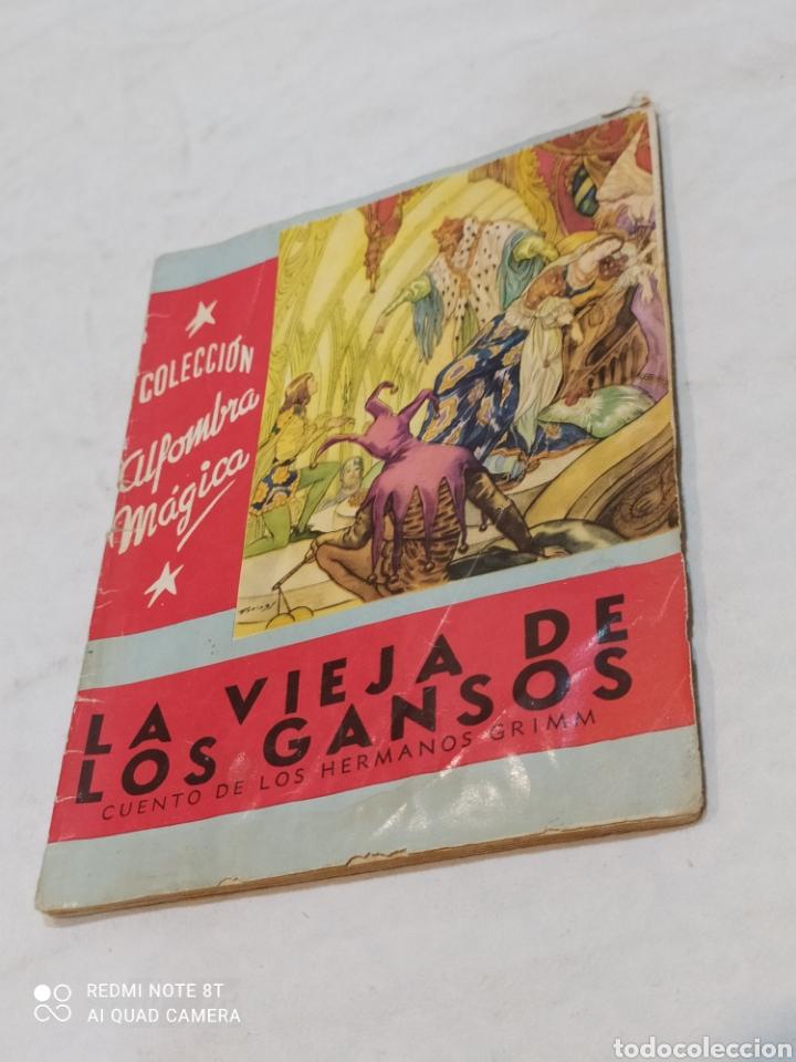 Libros: Antiguo cuento la vieja de los gansos 1959 - Foto 2 - 253865315