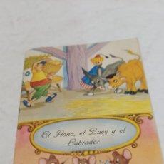 Libros: ANTIGUO CUENTO EL ASNO EL BUEY Y EL LABRADOR 1957. Lote 253866725