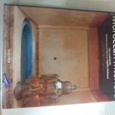 Libros: MAROCCAN INTERIORS .LISA LOVATT-SMOTH . EDITADO POR ANGELIKA MUTHESIUS 2004. Lote 275578603