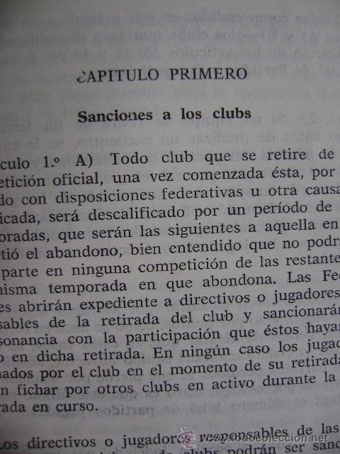 Coleccionismo deportivo: Federación Española de Béisbol FEBB: Reglamento oficial de partidos y competiciones 1967. +sanciones - Foto 6 - 39278896