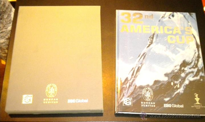LIBRO OFICIAL 32ND AMERICA'S CUP (32ª COPA AMÉRICA) / CON ESTUCHE (Coleccionismo Deportivo - Libros de Deportes - Otros)