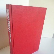 Coleccionismo deportivo: LA VELA LIBRE (HUBERT POILROUX) ED. JUVENTUD 1981 OFRT. Lote 43816132
