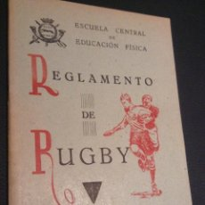 Coleccionismo deportivo: LIBRO MANUAL REGLAMENTO DE RUGBY DE 1949. Lote 45523233
