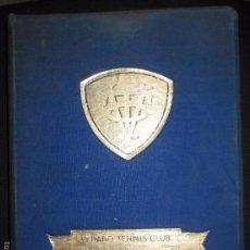 Coleccionismo deportivo: CUBA. VEDADO TENNIS CLUB. LIBRO DE ORO. CINCUENTENARIO. 1902-1952. LEER. VER FOTOS.. Lote 61057927