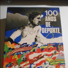 Coleccionismo deportivo: 100 AÑOS DE DEPORTE. 2 TOMOS EN UN ESTUCHE. TAPA DURA. MUCHAS FOTOGRAFIAS. GRAN FORMATO. MANUEL VAZQ. Lote 66811582