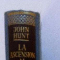 Coleccionismo deportivo: LA ASCENSIÓN AL EVEREST JOHN HUNT ED. JUVENTUD. 1954 ILUSTRADO. Lote 95175799