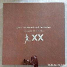 Coleccionismo deportivo: CROSS INTERNACIONAL DE ITÁLICA. XX AÑOS DE HISTORIA. DIPUTACIÓN DE SEVILLA 2002. EN CAJA! RAREZA! . Lote 103182779