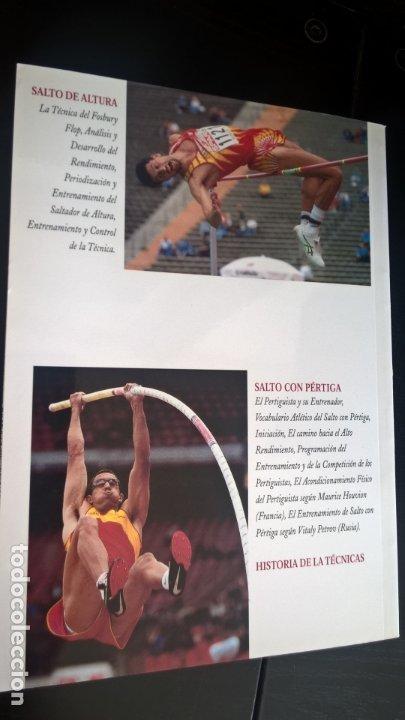 Coleccionismo deportivo: ATLETISMO: VOL I (CARRERAS Y MARCHA) - VOL 2 (VERTICALES) -VOL 3 (LANZAMIENTOS). JULIO BRAVO. - Foto 2 - 176728103
