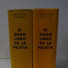 Coleccionismo deportivo: EL GRAN LIBRO DE LA PELOTA 1976 2 VOLUMENES. LUIS BOMBIN /RODOLFO BOZAS. TRABAJO DE LA PELOTA VASCA. Lote 177564032