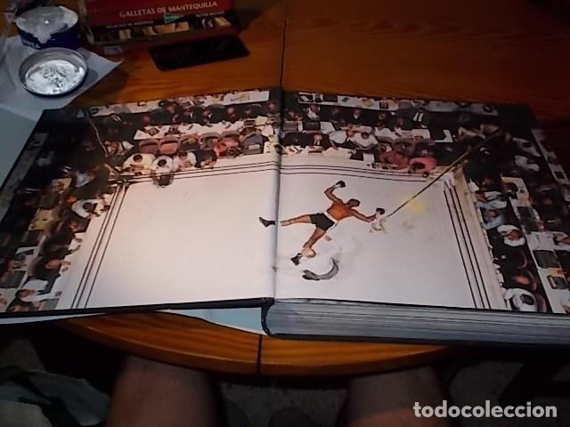 Coleccionismo deportivo: UN HOMENAJE A MUHAMMAD ALI . GREATEST OF ALL TIME . FOTOGRAFÍAS HOWARD L. BINGHAM / LEIFER. TASCHEN - Foto 3 - 181966271