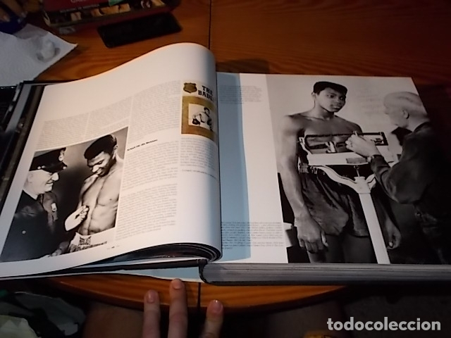 Coleccionismo deportivo: UN HOMENAJE A MUHAMMAD ALI . GREATEST OF ALL TIME . FOTOGRAFÍAS HOWARD L. BINGHAM / LEIFER. TASCHEN - Foto 13 - 181966271