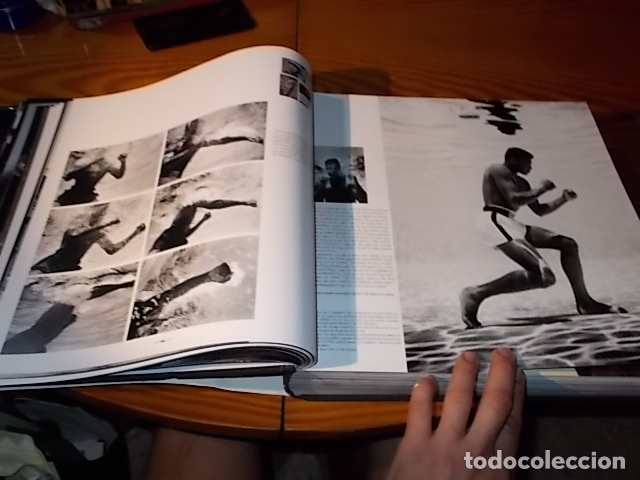 Coleccionismo deportivo: UN HOMENAJE A MUHAMMAD ALI . GREATEST OF ALL TIME . FOTOGRAFÍAS HOWARD L. BINGHAM / LEIFER. TASCHEN - Foto 15 - 181966271
