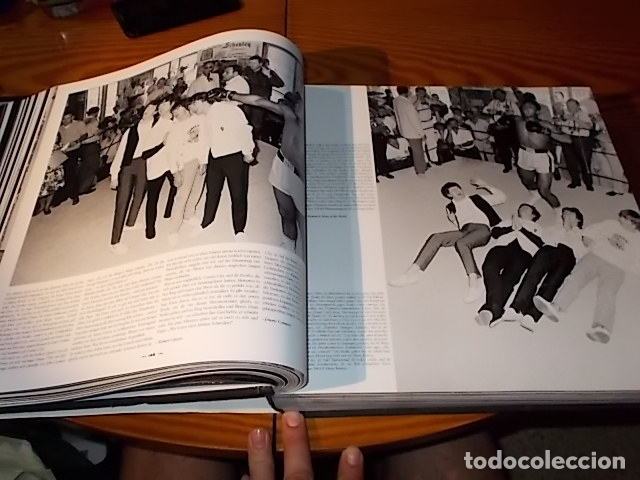 Coleccionismo deportivo: UN HOMENAJE A MUHAMMAD ALI . GREATEST OF ALL TIME . FOTOGRAFÍAS HOWARD L. BINGHAM / LEIFER. TASCHEN - Foto 21 - 181966271