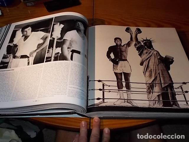 Coleccionismo deportivo: UN HOMENAJE A MUHAMMAD ALI . GREATEST OF ALL TIME . FOTOGRAFÍAS HOWARD L. BINGHAM / LEIFER. TASCHEN - Foto 30 - 181966271