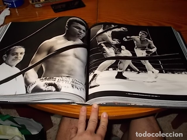 UN HOMENAJE A MUHAMMAD ALI . GREATEST OF ALL TIME . FOTOGRAFÍAS HOWARD L. BINGHAM / LEIFER. TASCHEN (Coleccionismo Deportivo - Libros de Deportes - Otros)
