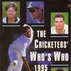 Coleccionismo deportivo: THE CRICKETERS' WHO'S WHO 1995. Lote 182182728
