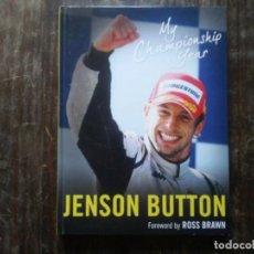 Coleccionismo deportivo: JENSON BUTTON MY CHAMPIONSHIP YEAR TEMPORADA 2009 AUTOMOVILISMO HONDA F1 LIBRO EN INGLÉS CON FOTOS. Lote 191282430