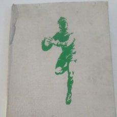 Coleccionismo deportivo: ANUARIO RUGBY ESPAÑA 1976 / 77 - NORMAN M. LANGER 1977 // + DE 200 PAG. FOTOS EQUIPOS FEDERACION. Lote 192880690