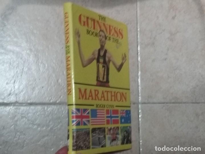 THE BOOK OF THE GUINNESS MARATHON - ROGER GYNN (Coleccionismo Deportivo - Libros de Deportes - Otros)