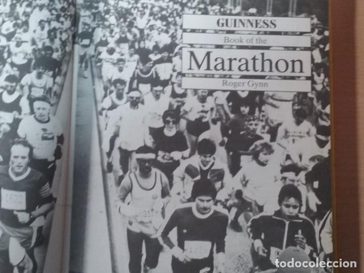 Coleccionismo deportivo: THE BOOK OF THE GUINNESS MARATHON - ROGER GYNN - Foto 4 - 194126412