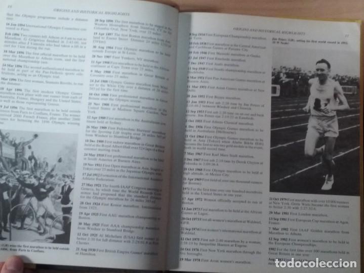 Coleccionismo deportivo: THE BOOK OF THE GUINNESS MARATHON - ROGER GYNN - Foto 6 - 194126412
