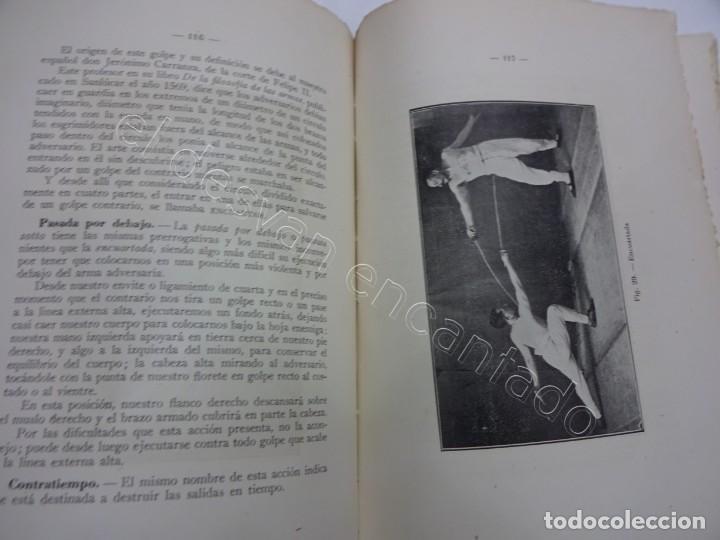 Coleccionismo deportivo: LA ESGRIMA MODERNA. Enrique Bossini. Tratado esgrima-florete-espada-sable. Edición corregida 1946 - Foto 3 - 208753670