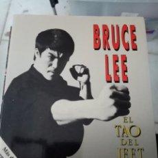 Coleccionismo deportivo: BRUCE LEE. EL TAO DEL JEET KUNE DO EST23B4. Lote 219311591