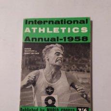 Coleccionismo deportivo: INTERNATIONAL ATHLETICS ANNUAL 1958. DEREK IBBOTSON. GREAT BRETAIN. WORLD SPORTS. TDK554. Lote 222583618