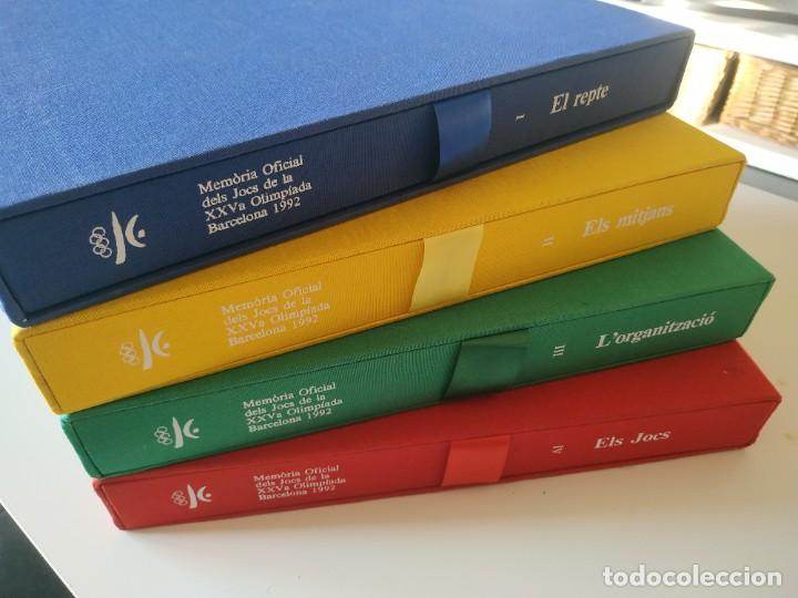 4 LIBROS MEMORIA OFICIAL JJ.OO. BARCELONA'92 (VERSIÓN EN CATALÁN). NUEVOS, SIN HOJEAR. (Coleccionismo Deportivo - Libros de Deportes - Otros)