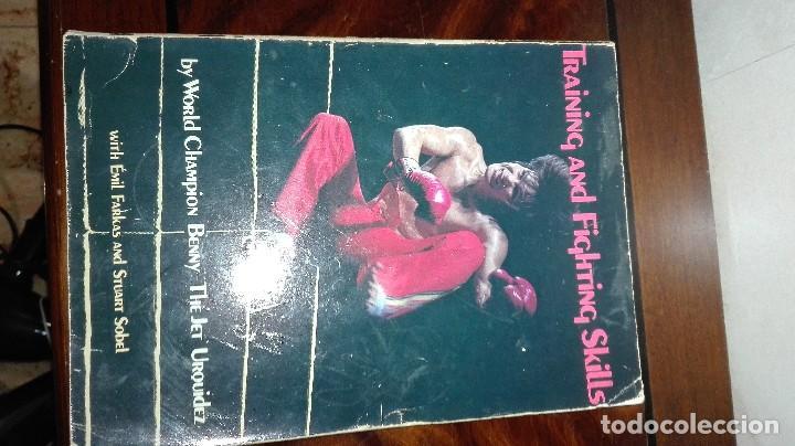 LIBRO DE BENNY URQUIDEZ LLAMADO THE JET FIRMADO POR EL. TRAINING AND FIGHTING SKILLS (Libros Nuevos - Ocio - Deportes y Juegos)