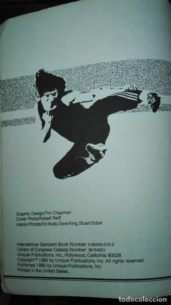 Libros: Libro de Benny Urquidez llamado the jet firmado por el. TRAINING AND FIGHTING SKILLS - Foto 3 - 112595859