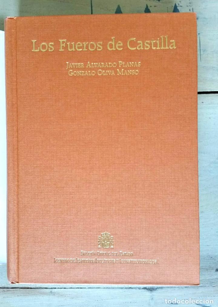 Libros: LOS FUEROS DE CASTILLA - JAVIER ALVARADO PLANAS, Y GONZALO OLIVA MANSO - Foto 2 - 217179555