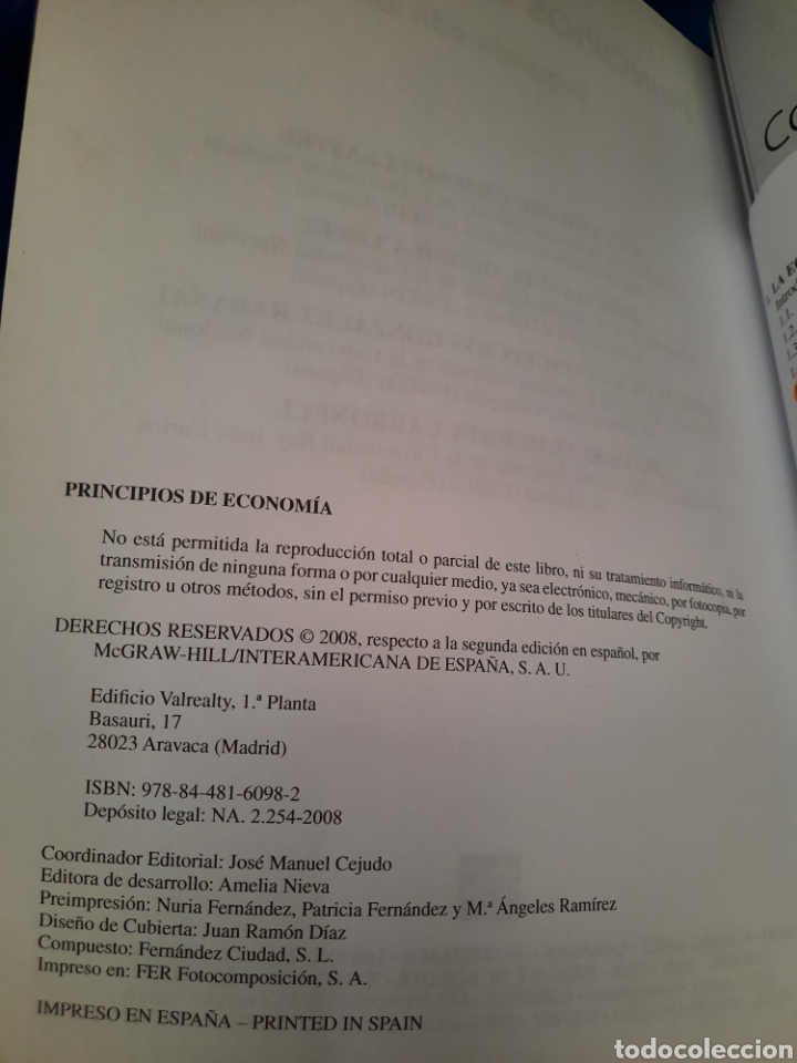 Libros: PRINCIPIO DE ECONOMÍA, GRAW HILL, UNED, 2008 - Foto 3 - 276222138