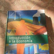 Libros: INTRODUCCIÓN A LA ECONOMÍA - MANUEL J. GONZÁLEZ GONZÁLEZ, AMELIA PÉREZ ZABALETA.. Lote 279344053
