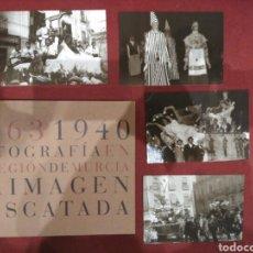Libros: LIBRO FOTOGRAFÍA EN LA REGIÓN DE MURCIA LA IMAGEN RESCATADA1863-1940 Y 14 POSTALES. Lote 80866970