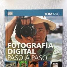 Libros: LIBRO FOTOGRAFÍA DIGITAL PASO A PASO DE TOM ANG - EDICIONES OMEGA - NUEVO DE LIBRERÍA. Lote 94142669
