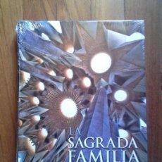Libros: LA SAGRADA FAMILIA DE GAUDÍ - EL TEMPLO EXPIATORIO... - PRECINTADO. Lote 144969654