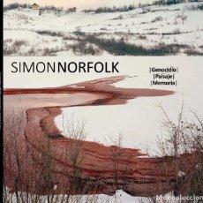 Libros: SIMON NORFOLK 'GENOCIDIO, PAISAJE, MEMORIA'. Lote 212798381