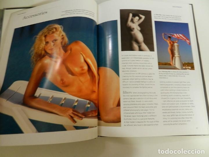 Libros: PHOTOGRAPHING THE NUDE - EN INGLÉS - TAPA DURA – 2002 DE MIKE CRAWLEY LIBRO FOTOGRAFÍA ERÓTICA - Foto 4 - 214261711