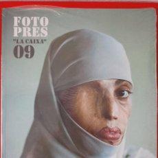 """Libros: FOTO PRES """"LA CAIXA"""" 09 / PRECINTADO / EDI. LA CAIXA / EDICIÓN 2009. Lote 254746690"""