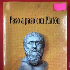 Libros: PASO A PASO CON PLATON - MANUEL PAZ MARCOS - LC EDICIONES 1ª EDICION 2019. Lote 191629003
