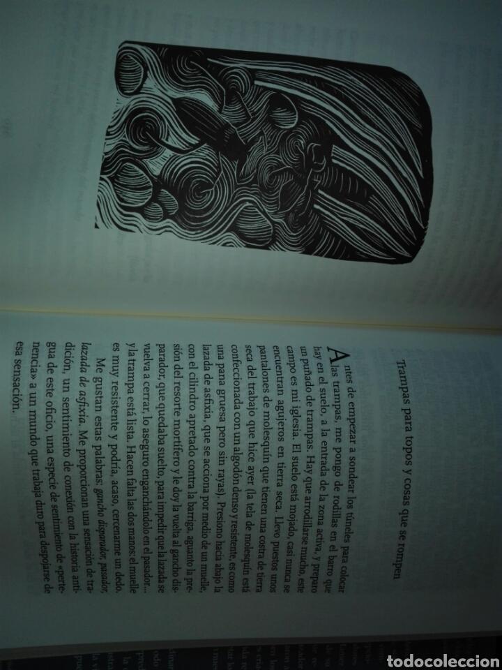 Libros: Cómo cazar un topo Y encontrarte a ti mismo en la naturaleza Marc Hamer. Ariel. 2020. Libro Nuevo - Foto 5 - 198047957