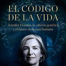 Libros: EL CODIGO DE LA VIDA WALTER ISAACSON. Lote 268776164
