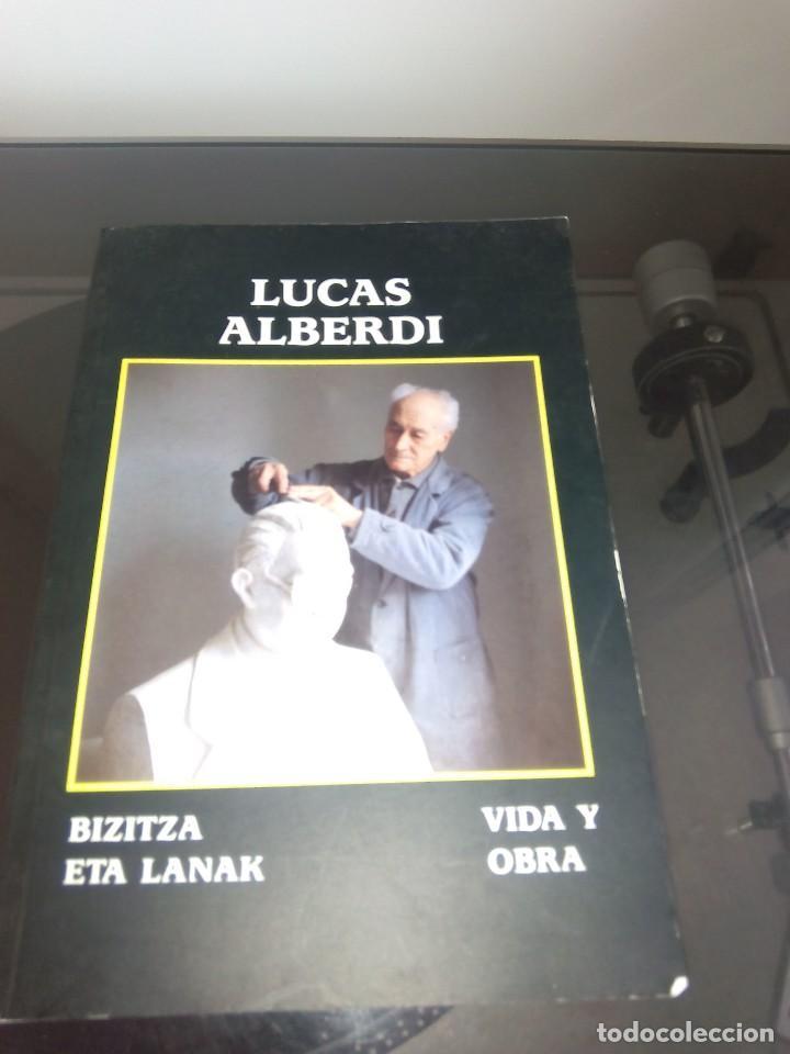 LUCAS ALBERDI GRABADO DAMASQUINADO ARMAS FIGURAS EIBAR EUSKARA CASTELLANO (Libros Nuevos - Bellas Artes, ocio y coleccionismo - Escultura)