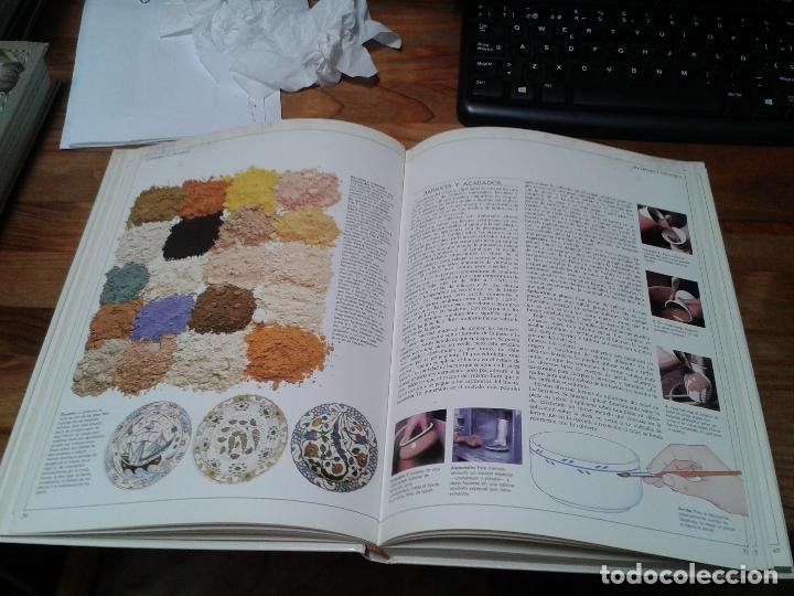 Libros: Guia completa de Escultura, Modelado y Cerámica. Técnicas y materiales. 1982 - Foto 2 - 124459375