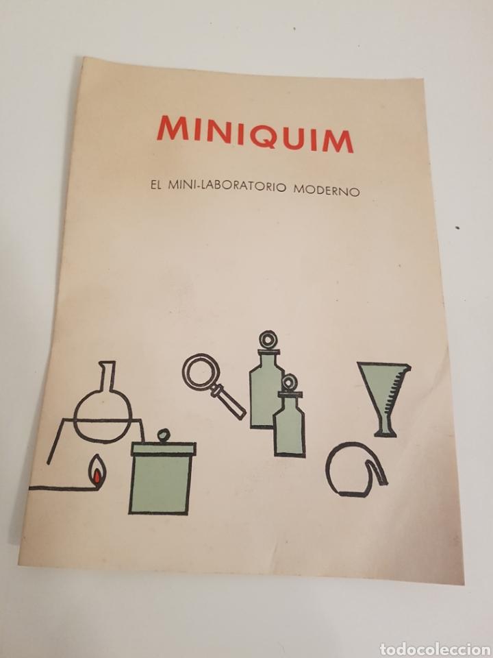 LIBRO MINIQUIM CONTENIDO DE LA CAJA Y PRUEBAS DEL NUMERO 1 - 2 Y 3 DEL AÑO 1970 (Libros Nuevos - Ciencias, Manuales y Oficios - Física, Química y Matemáticas)