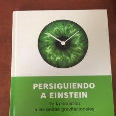 Libros: PERSIGUIENDO A EINSTEIN. Lote 276034268