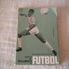 Coleccionismo deportivo: SECRETOS DEL REGLAMENTO DE FUTBOL. Lote 32814068
